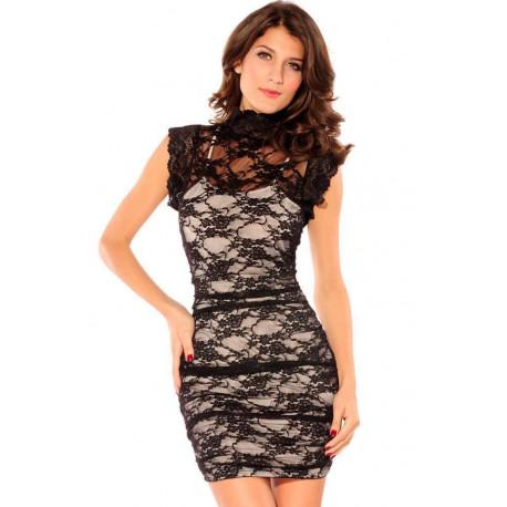 Vestido vintage negro con fondo blanco